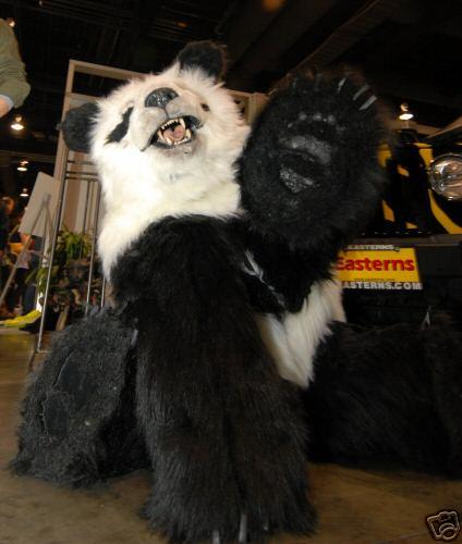 Костюм животного для киносъёмок обычно делается в единственном экземпляре. Причем  сначала находят актера dd3529944242c